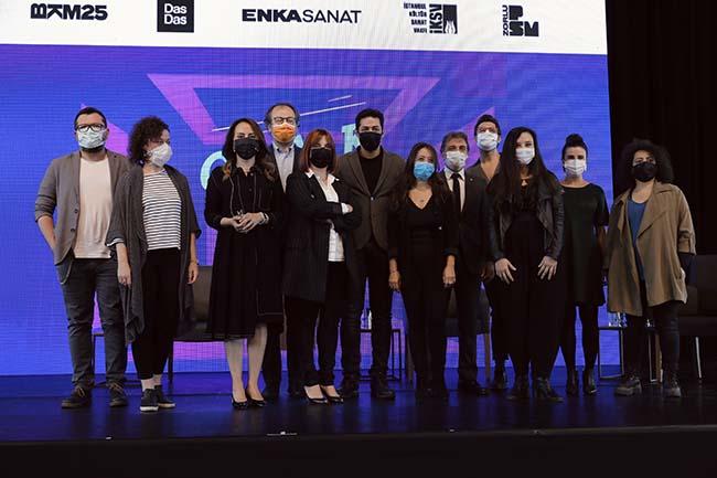 Türk tiyatrosu bu sezon 10 yeni eserle tanışacak