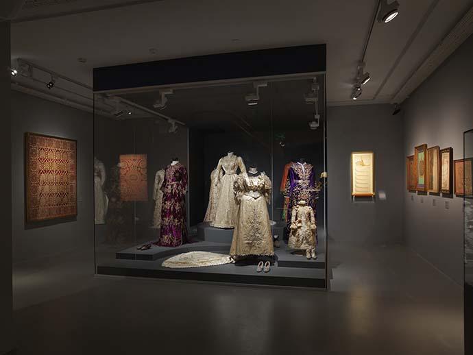 """Meşher'in üçüncü sergisi olan """"Mâziyi Korumak: Sadberk Hanım Müzesi'nde"""