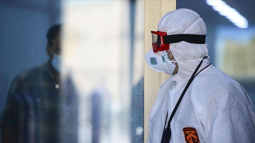 Türkiye'de son 24 saatte 140 kişi koronavirüsten hayatını kaybetti