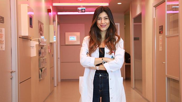 Uzman Psikolog Dilara Aloğlu lohusalık depresyonu hakkında uyarılarda bulundu